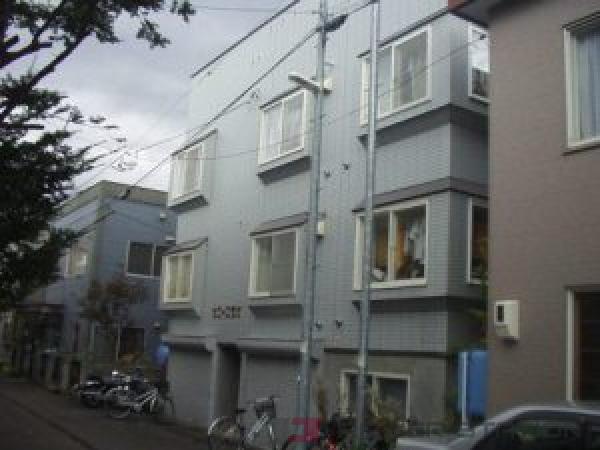 札幌市豊平区旭町5丁目0賃貸アパート外観写真