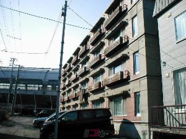 札幌市豊平区平岸4条16丁目1賃貸マンション外観写真