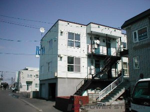 札幌市豊平区月寒東3条17丁目1賃貸アパート外観写真