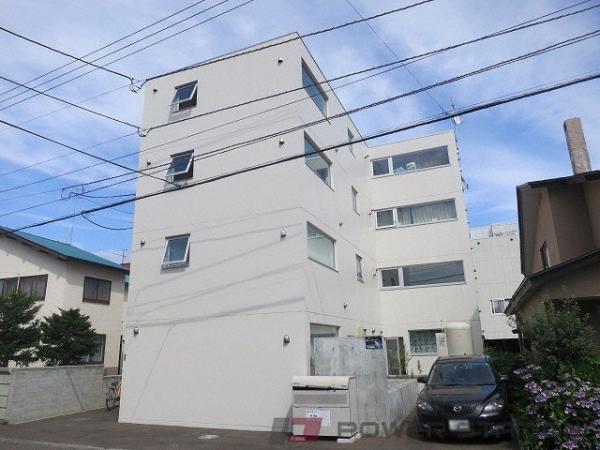 札幌市豊平区平岸1条2丁目1賃貸マンション外観写真